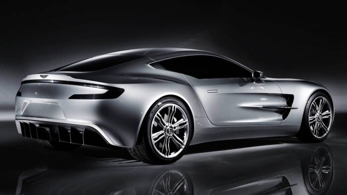 Широкоформатные обои Aston Martin one rear, Боковая часть Aston Martin one rear